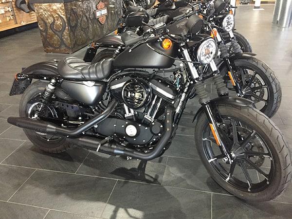 XL 883 Iron 2018