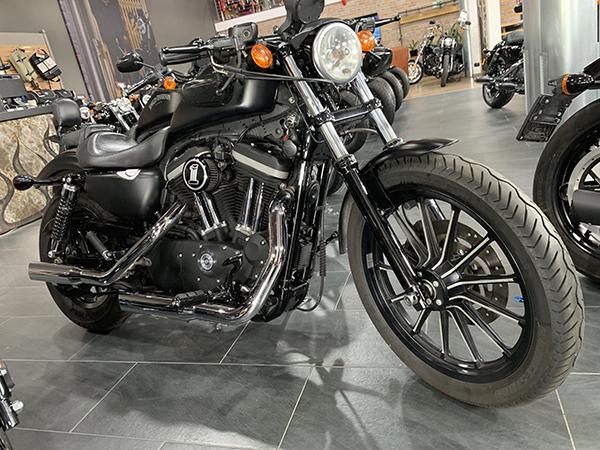 XL 883 Iron 2010
